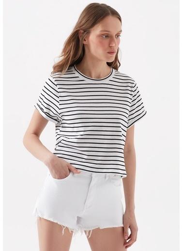 Mavi Kadın  Çizgili  Crop  Tişört 168592-620 Beyaz